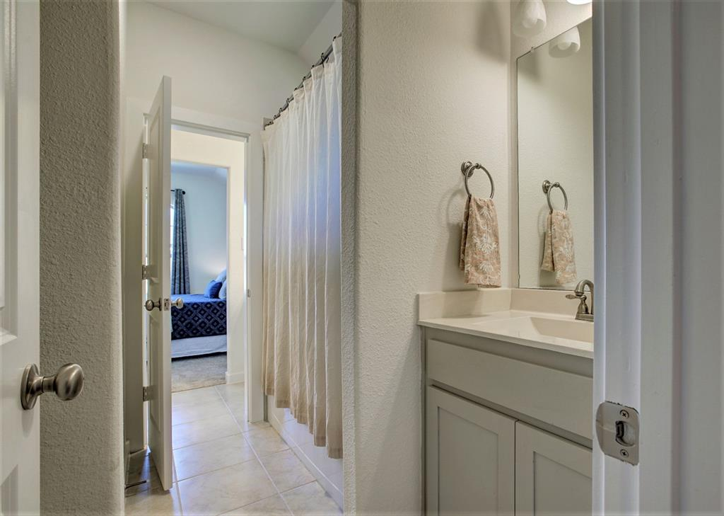 3920 Madison Lane, Denton, Texas 76208 - acquisto real estate best photo company frisco 3d listings