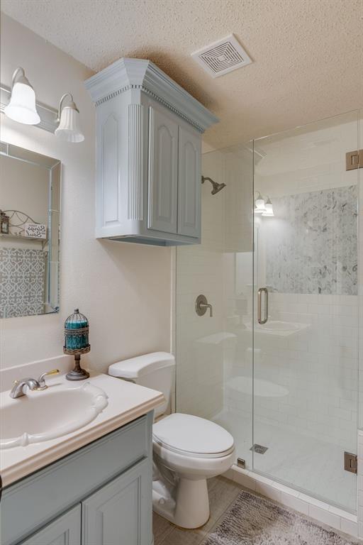 110 Crestwood  Lane, Springtown, Texas 76082 - acquisto real estate best prosper realtor susan cancemi windfarms realtor