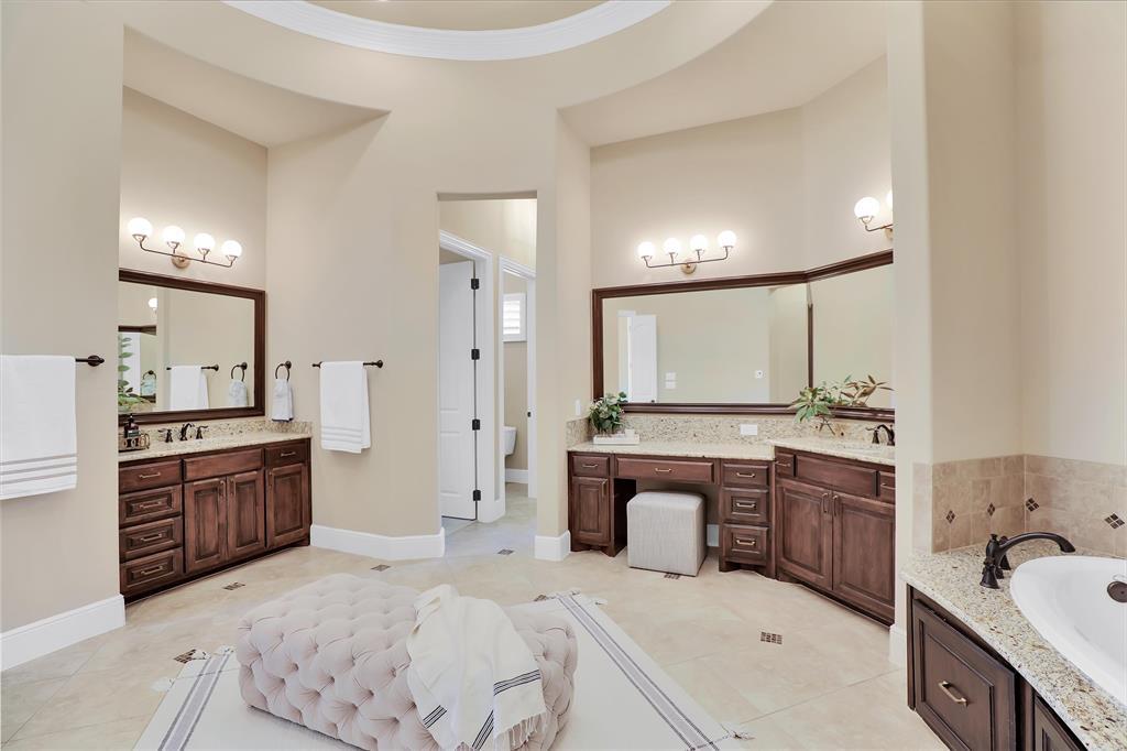 780 Whispering  Way, Prosper, Texas 75078 - acquisto real estate best park cities realtor kim miller best staging agent