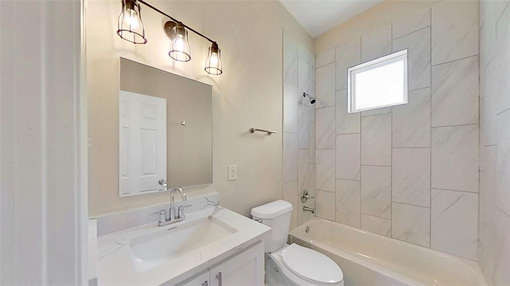 1012 Ervin Lane, Mesquite, Texas 75149 - acquisto real estate best photo company frisco 3d listings