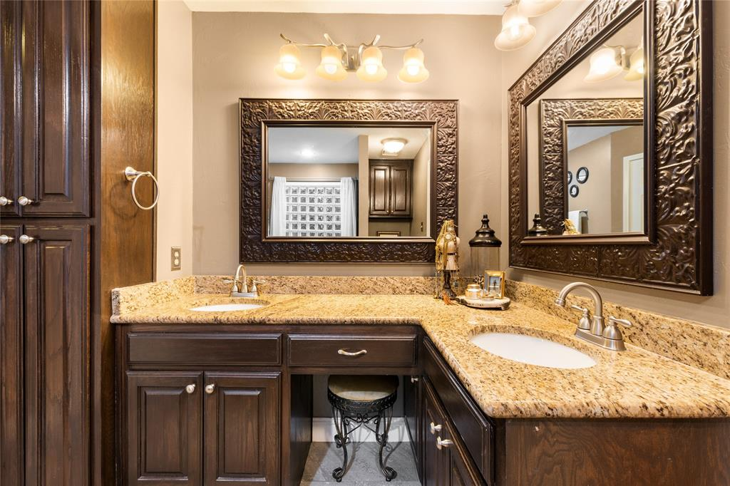 2709 Whitby  Lane, Grapevine, Texas 76051 - acquisto real estate best photo company frisco 3d listings