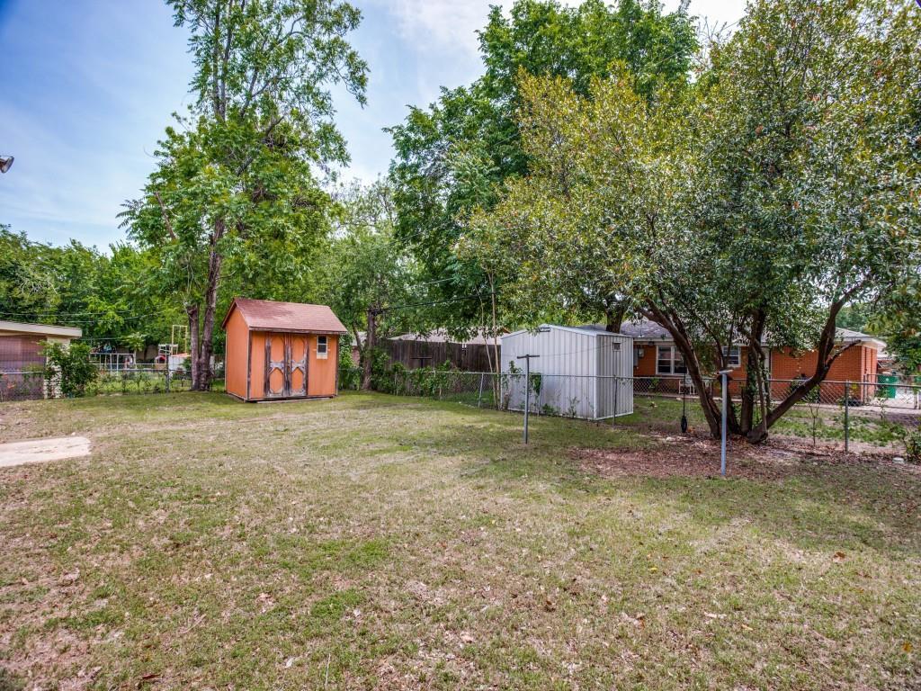 5737 Aton  Avenue, Westworth Village, Texas 76114 - acquisto real estate best negotiating realtor linda miller declutter realtor
