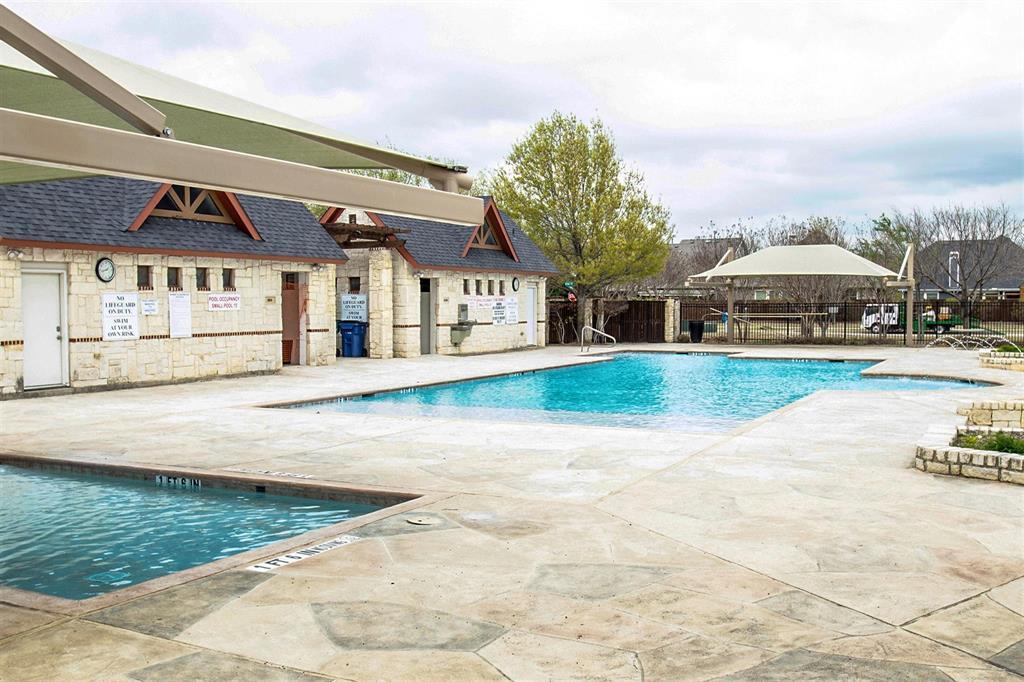 5612 Leven  Lane, McKinney, Texas 75070 - acquisto real estate best realtor foreclosure real estate mike shepeherd walnut grove realtor
