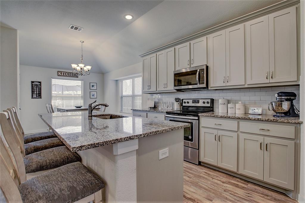 3920 Madison Lane, Denton, Texas 76208 - acquisto real estate best style realtor kim miller best real estate reviews dfw