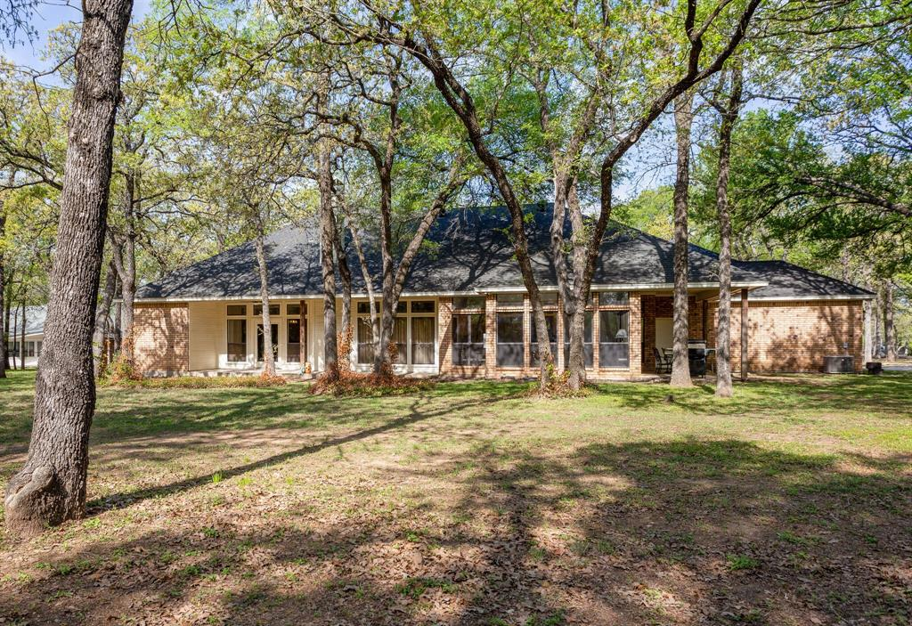 114 Wooded Acre  Loop, Whitney, Texas 76692 - acquisto real estate agent of the year mike shepherd