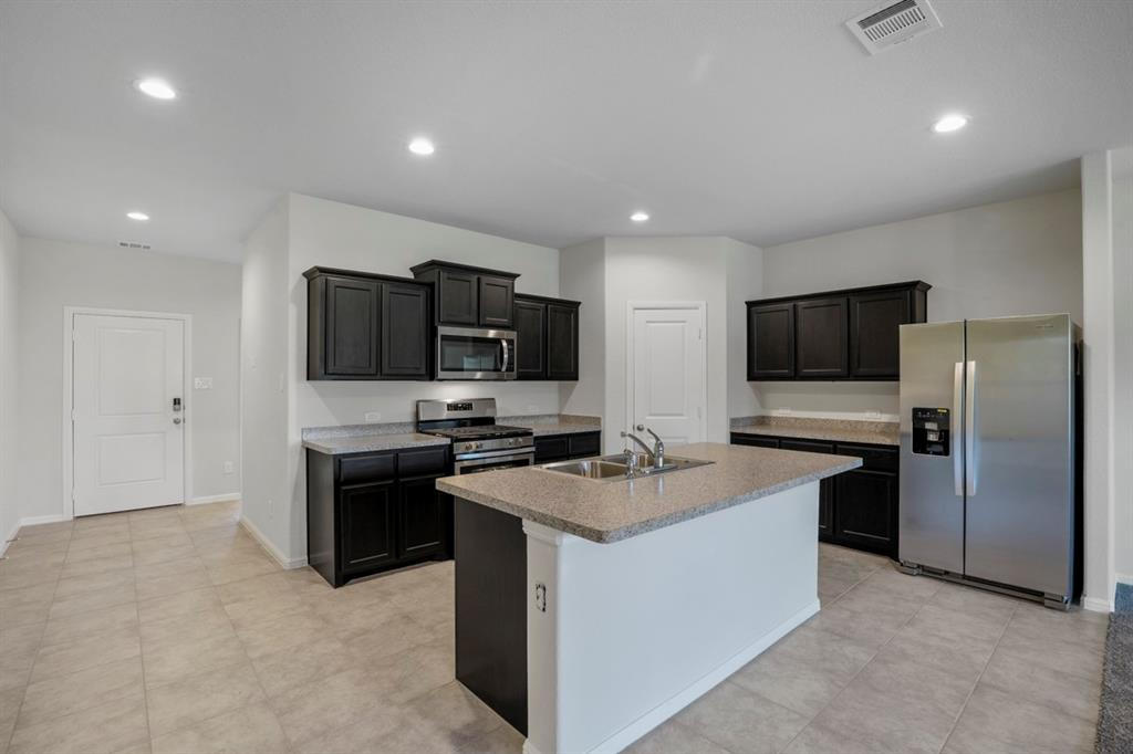 9352 HERRINGBONE Drive, Fort Worth, Texas 76131 - Acquisto Real Estate best mckinney realtor hannah ewing stonebridge ranch expert