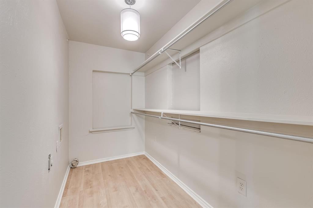 4558 Shore  Drive, The Colony, Texas 75056 - acquisto real estate best highland park realtor amy gasperini fast real estate service