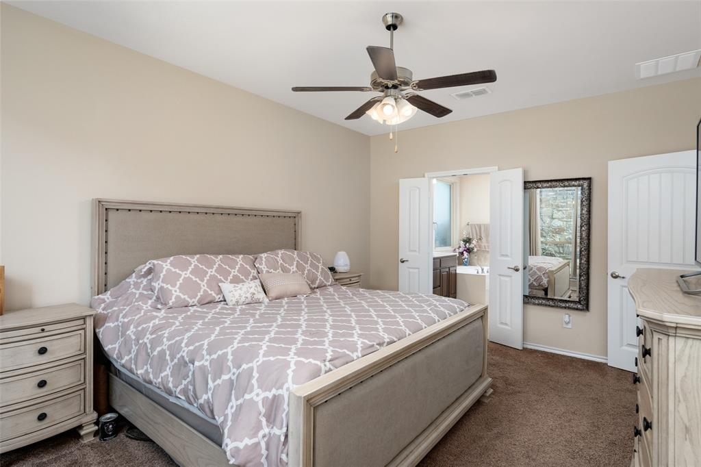 9145 Bronze Meadow  Drive, Fort Worth, Texas 76131 - acquisto real estate best new home sales realtor linda miller executor real estate
