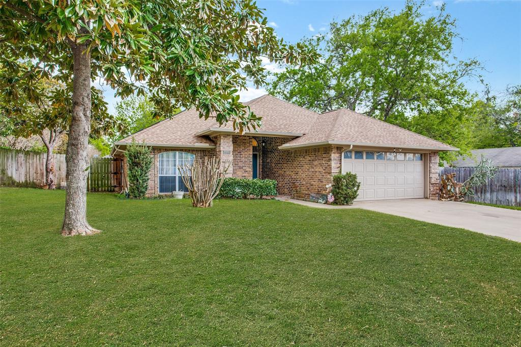 1305 Belvon Place, Cleburne, Texas 76033 - Acquisto Real Estate best plano realtor mike Shepherd home owners association expert
