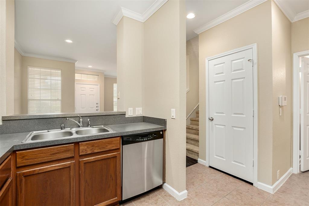 2214 Glacier Park  Lane, Grand Prairie, Texas 75050 - acquisto real estate best new home sales realtor linda miller executor real estate