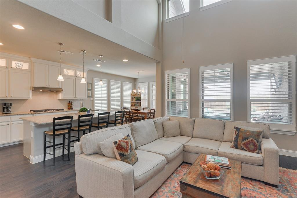 4434 Vineyard Creek Drive, Grapevine, Texas 76051 - acquisto real estate best flower mound realtor jody daley lake highalands agent of the year