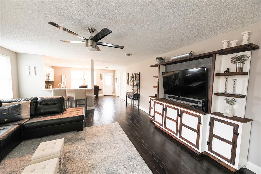 5501 Devils River Drive, McKinney, Texas 75071 - acquisto real estate best celina realtor logan lawrence best dressed realtor