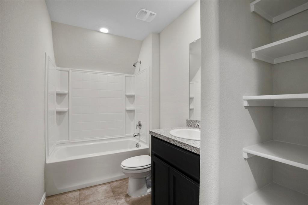 9352 HERRINGBONE Drive, Fort Worth, Texas 76131 - acquisto real estate best luxury home specialist shana acquisto