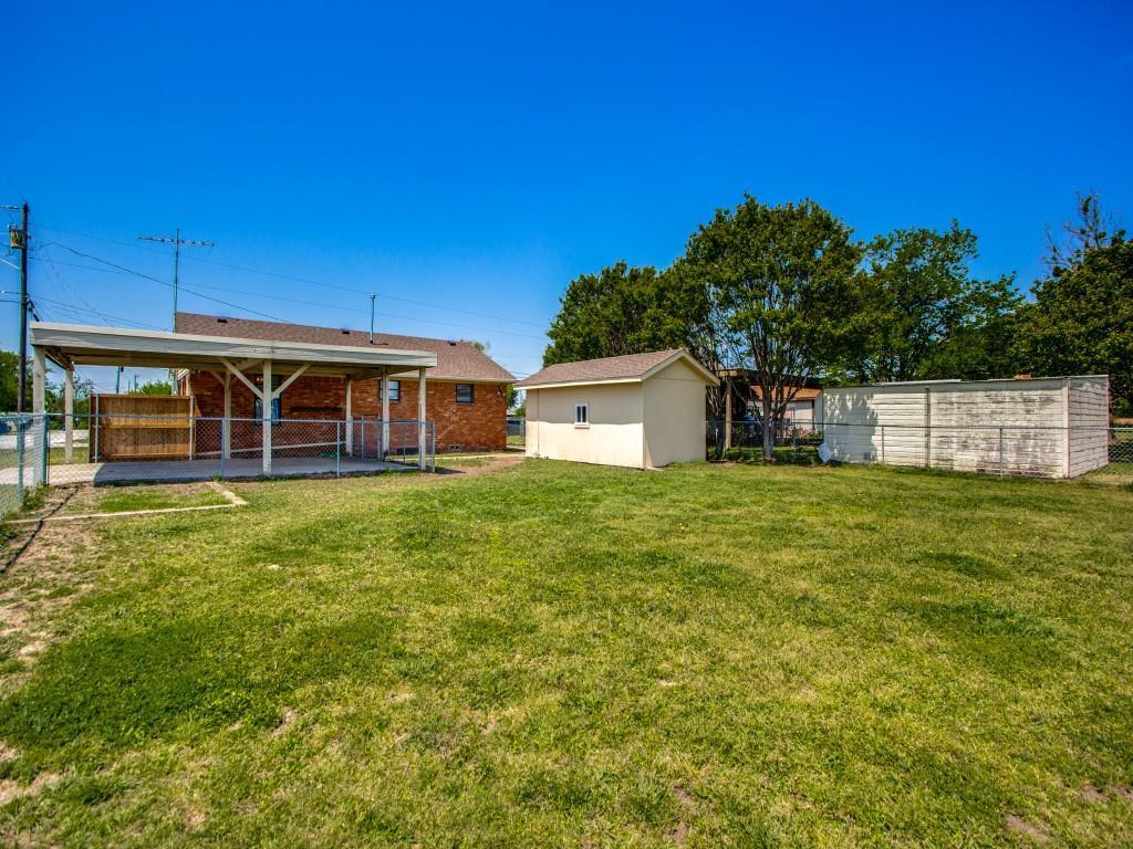 500 5th  Street, Gunter, Texas 75058 - acquisto real estate best realtor foreclosure real estate mike shepeherd walnut grove realtor
