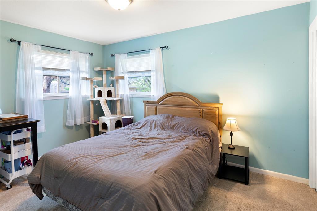 2410 Ridgewood Drive, Sherman, Texas 75092 - acquisto real estate best designer and realtor hannah ewing kind realtor