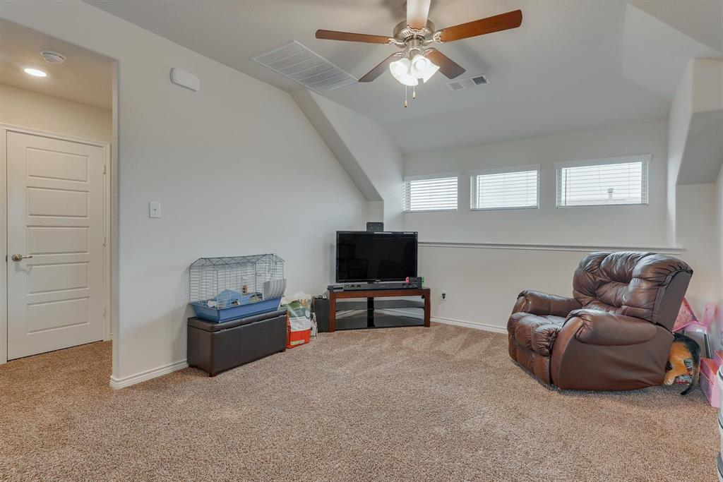 6313 Crownmere  Drive, Aubrey, Texas 76227 - acquisto real estate best realtor dfw jody daley liberty high school realtor