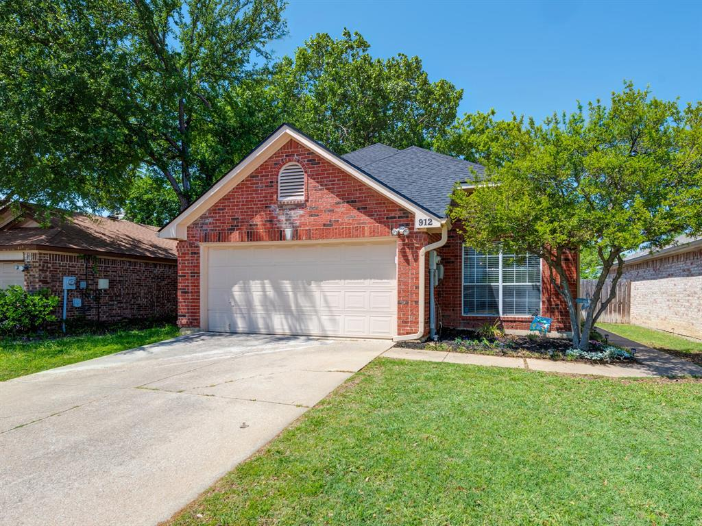 912 Azalia Drive, Lewisville, Texas 75067 - Acquisto Real Estate best frisco realtor Amy Gasperini 1031 exchange expert