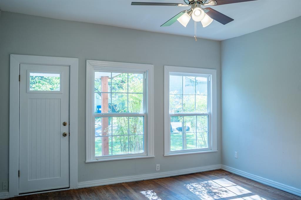 1101 Earl  Street, Commerce, Texas 75428 - acquisto real estate best negotiating realtor linda miller declutter realtor