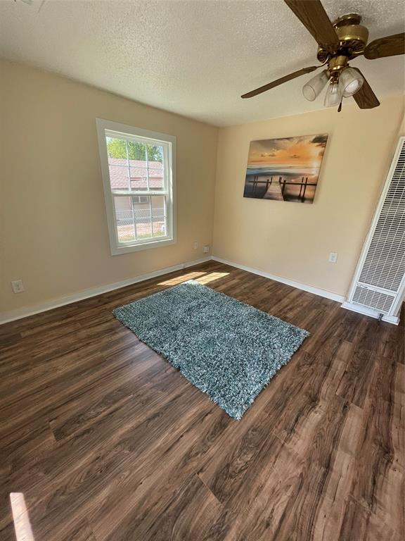 3816 Grove  Street, Fort Worth, Texas 76110 - acquisto real estate best the colony realtor linda miller the bridges real estate