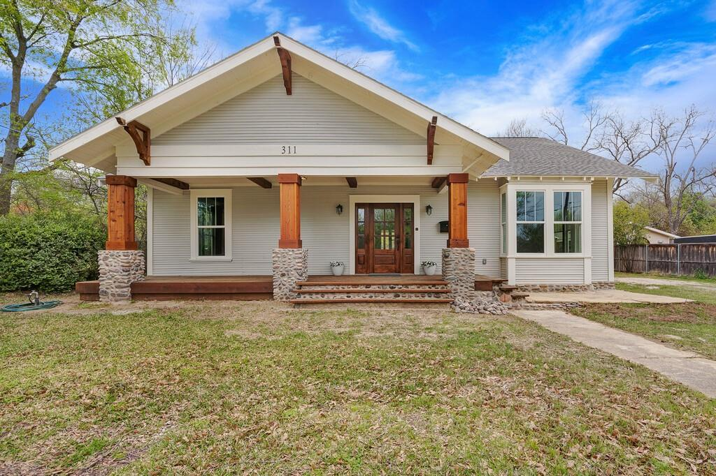 311 Pacific Avenue, Terrell, Texas 75160 - Acquisto Real Estate best plano realtor mike Shepherd home owners association expert