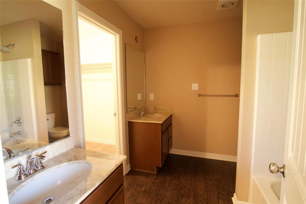 12400 Kara Lynn Place, Tyler, Texas 75704 - acquisto real estate best celina realtor logan lawrence best dressed realtor