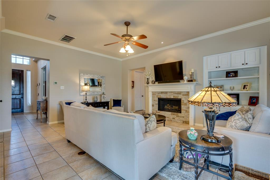 2000 Ledgestone  Drive, Corinth, Texas 76210 - acquisto real estate best new home sales realtor linda miller executor real estate