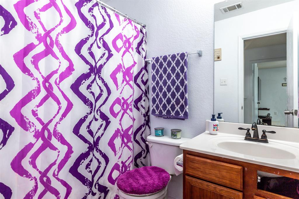1824 Vineridge  Lane, Burleson, Texas 76028 - acquisto real estate best photos for luxury listings amy gasperini quick sale real estate