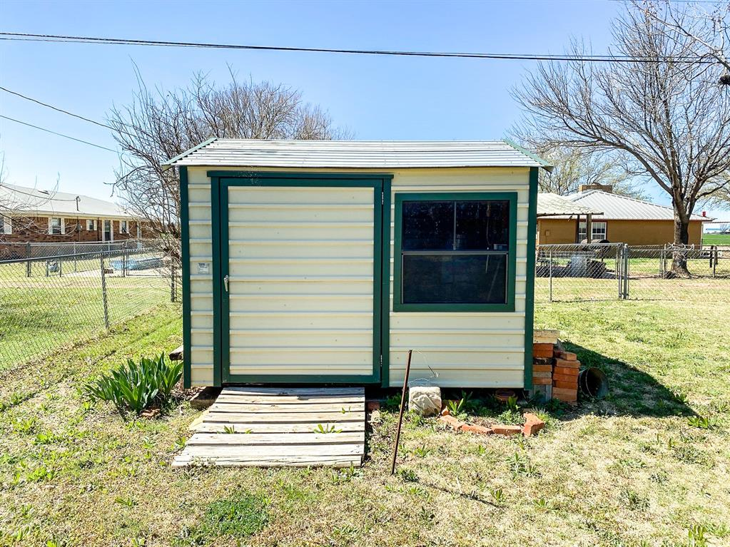 1203 Avenue L  Haskell, Texas 79521 - acquisto real estate best frisco real estate broker in texas for high net worth buyers