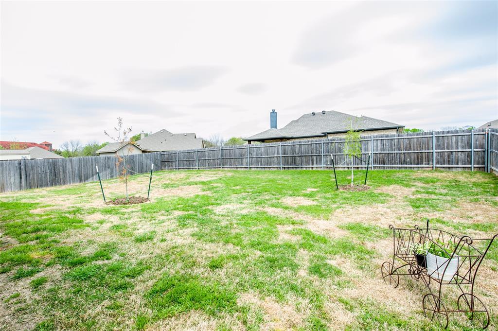 1604 Pacific Avenue, Ennis, Texas 75119 - acquisto real estate best looking realtor in america shana acquisto