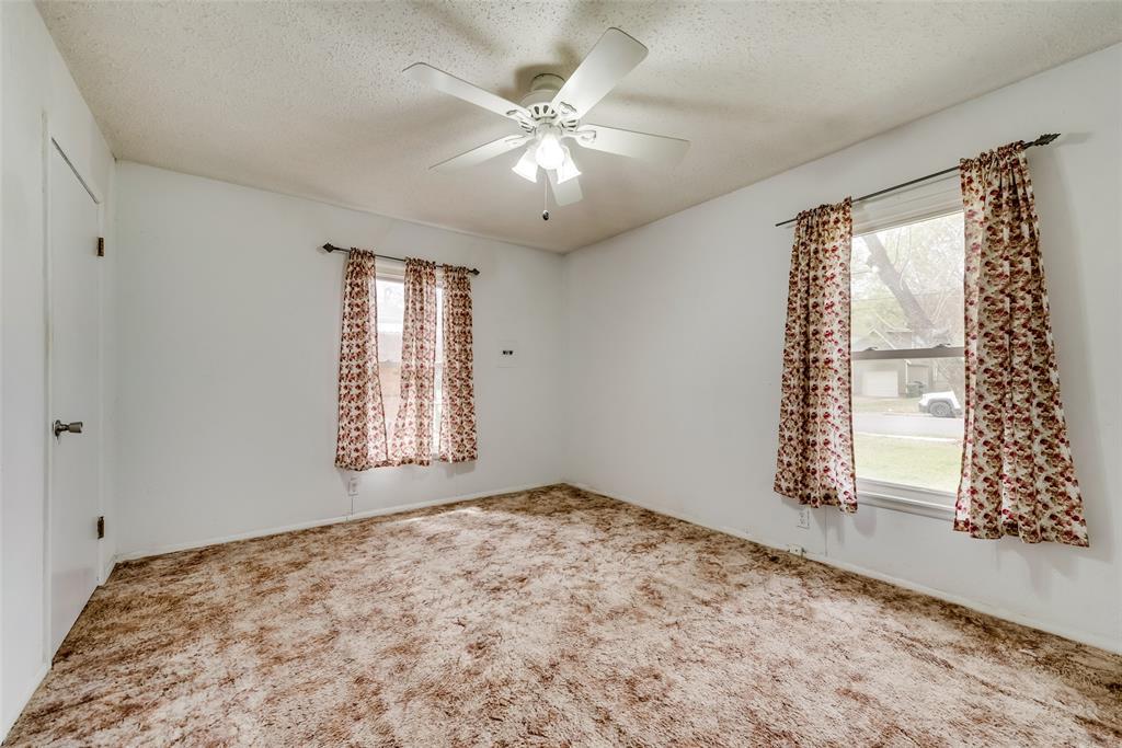 424 Hurstview Drive, Hurst, Texas 76053 - acquisto real estate best designer and realtor hannah ewing kind realtor