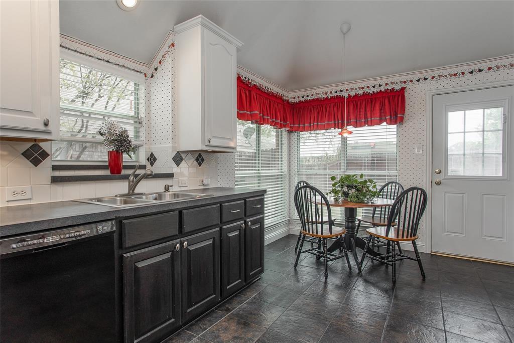1828 Lacey Oak  Lane, Keller, Texas 76248 - acquisto real estate best highland park realtor amy gasperini fast real estate service