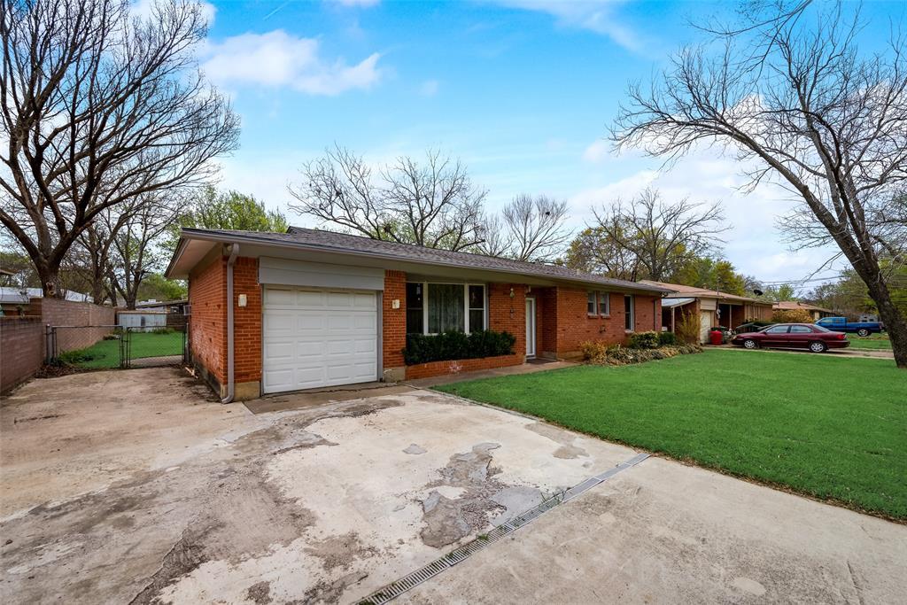 424 Hurstview Drive, Hurst, Texas 76053 - acquisto real estate best allen realtor kim miller hunters creek expert