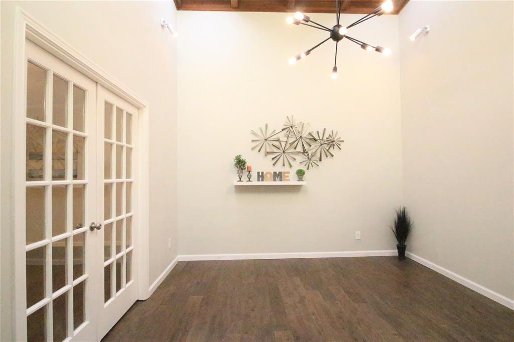 54 Crown  Place, Richardson, Texas 75080 - acquisto real estaet best boutique real estate firm in texas for high net worth sellers
