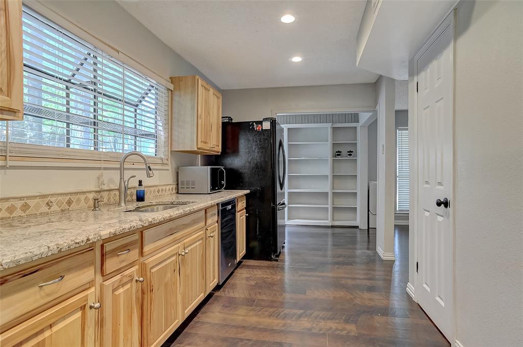 27 Preston Oaks  Drive, Pottsboro, Texas 75076 - acquisto real estate best designer and realtor hannah ewing kind realtor