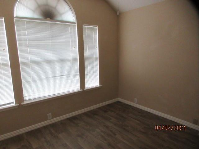 4524 Forsyth Lane, Grand Prairie, Texas 75052 - acquisto real estate best celina realtor logan lawrence best dressed realtor