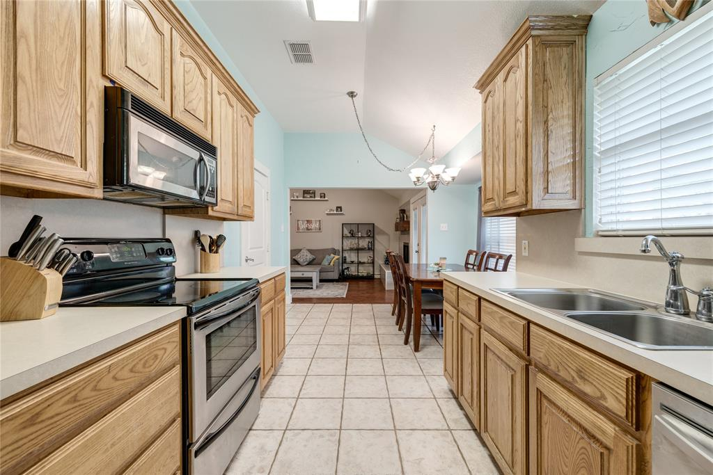 6540 Stardust Drive, Watauga, Texas 76148 - acquisto real estate best designer and realtor hannah ewing kind realtor