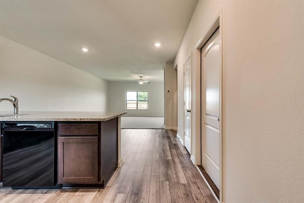 3068 Chillingham Drive, Forney, Texas 75126 - acquisto real estate best allen realtor kim miller hunters creek expert