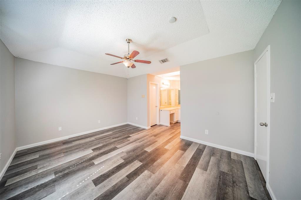 6230 Fernwood  Drive, Arlington, Texas 76001 - acquisto real estate best listing agent in the nation shana acquisto estate realtor
