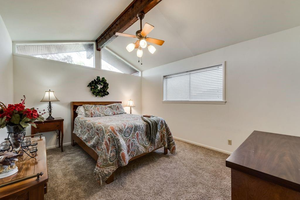 221 Laurel Lane, Fairfield, Texas 75840 - acquisto real estate best negotiating realtor linda miller declutter realtor