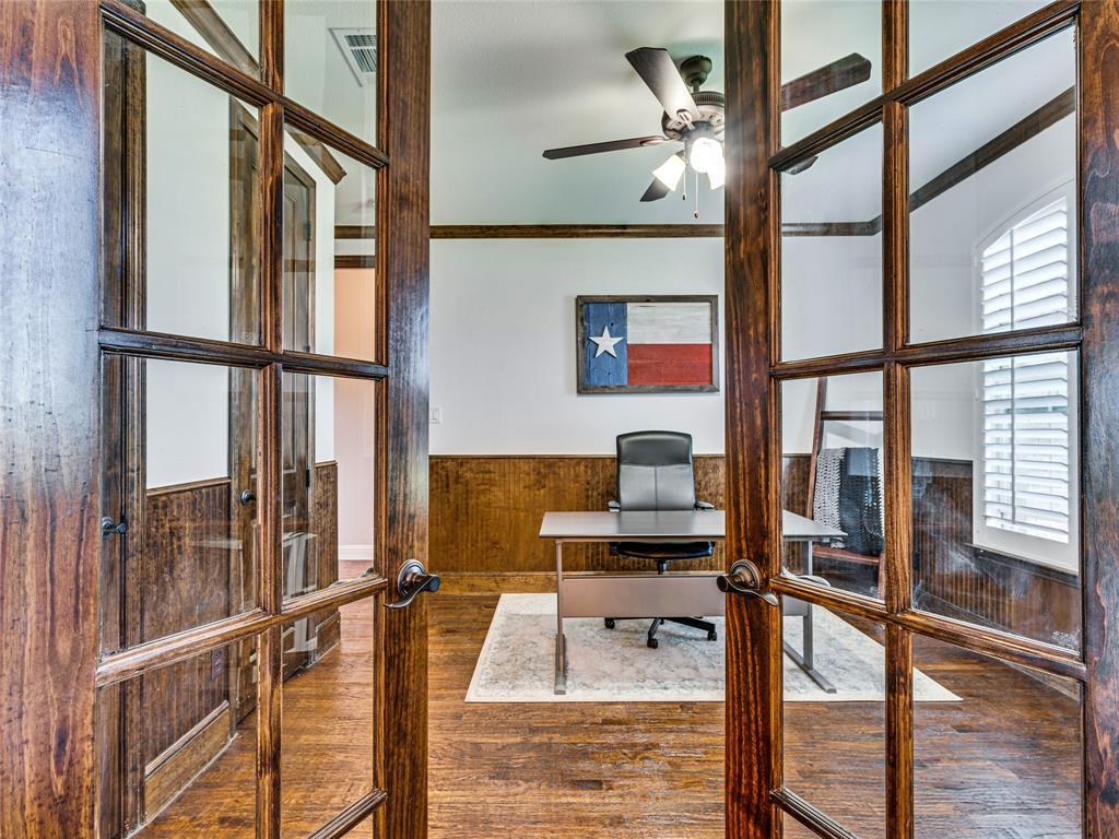 8820 Rex  Court, Waxahachie, Texas 75167 - acquisto real estate best realtor dfw jody daley liberty high school realtor