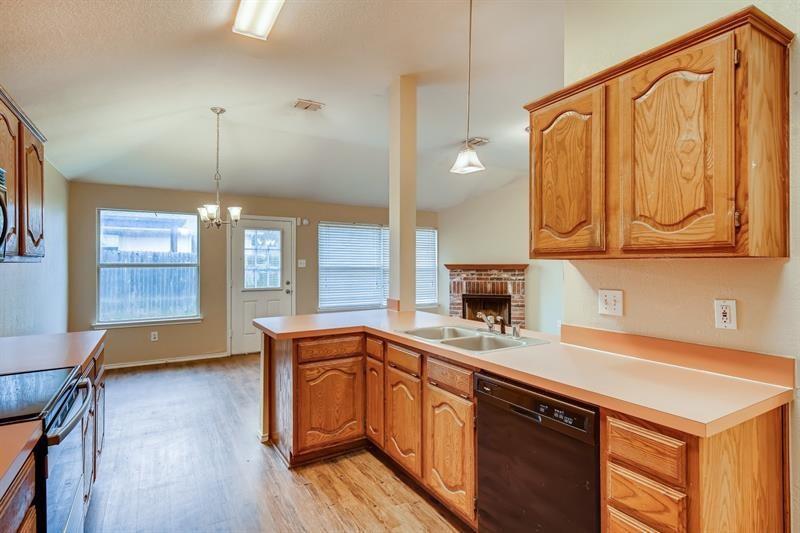 932 Santa Fe Drive, Saginaw, Texas 76131 - Acquisto Real Estate best mckinney realtor hannah ewing stonebridge ranch expert