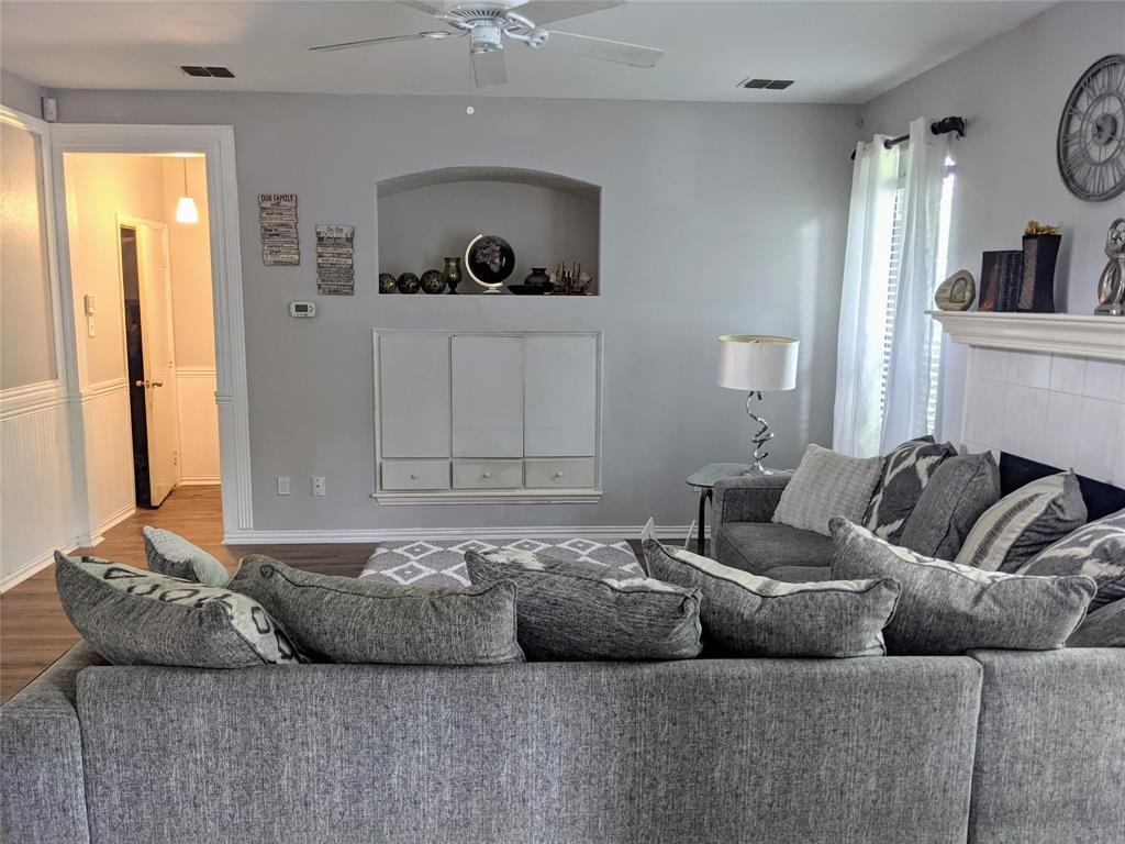 5728 Chelmsford  Trail, Arlington, Texas 76018 - acquisto real estate best prosper realtor susan cancemi windfarms realtor