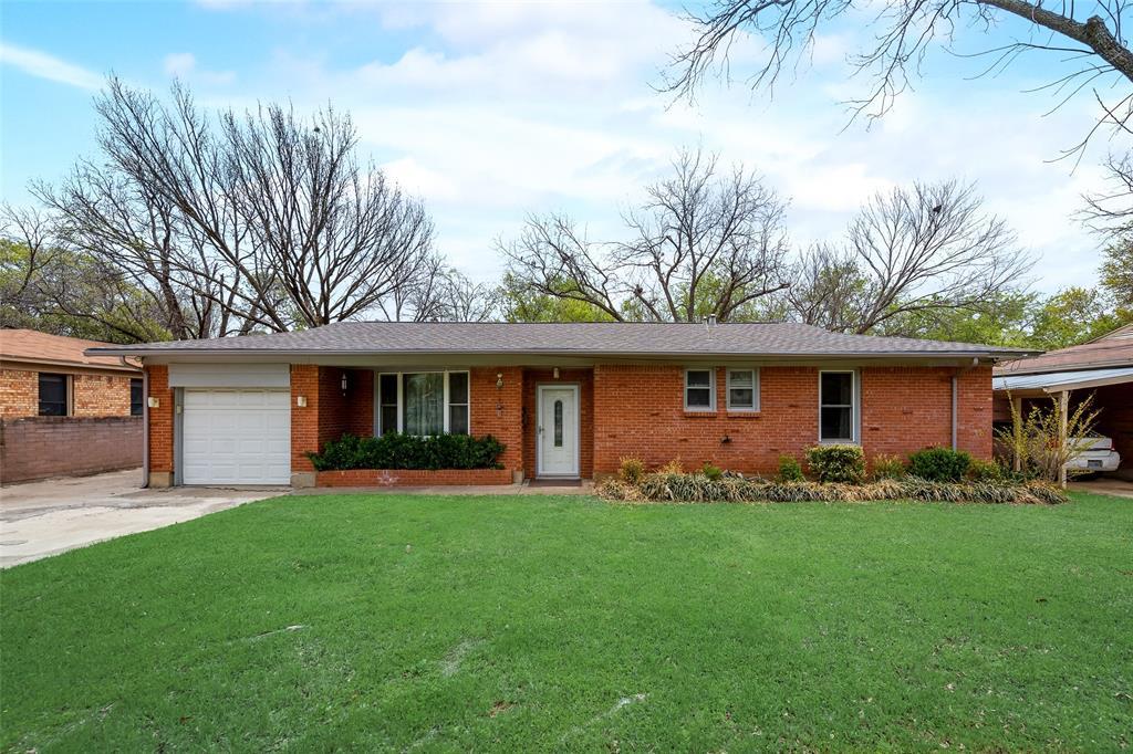 424 Hurstview Drive, Hurst, Texas 76053 - Acquisto Real Estate best plano realtor mike Shepherd home owners association expert