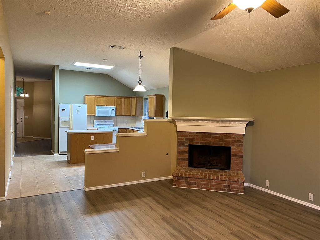 2505 Loon Lake  Road, Denton, Texas 76210 - acquisto real estate best realtor foreclosure real estate mike shepeherd walnut grove realtor