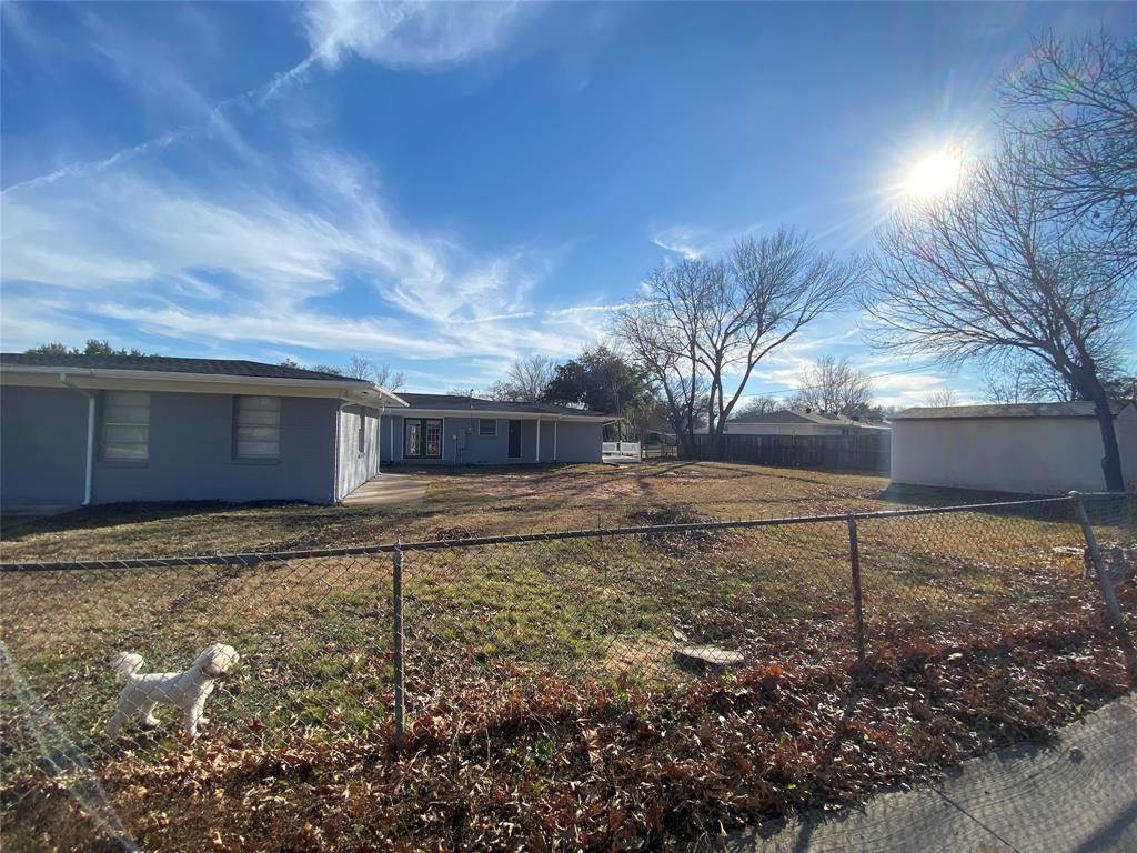 1633 Black Hawk Lane, Garland, Texas 75043 - acquisto real estate best the colony realtor linda miller the bridges real estate