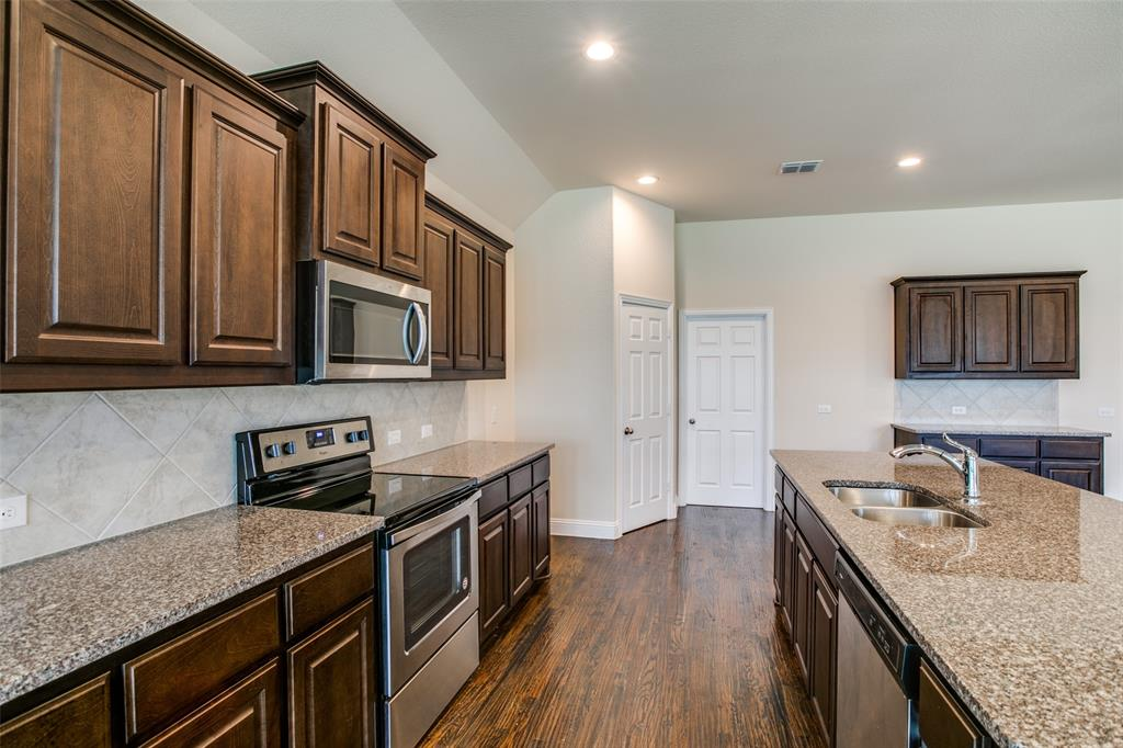 275 Ovaletta  Drive, Justin, Texas 76247 - acquisto real estate best luxury buyers agent in texas shana acquisto inheritance realtor