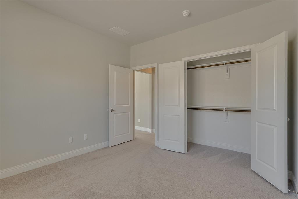 2205 pinnacle  Lane, Flower Mound, Texas 75028 - acquisto real estate best realtor foreclosure real estate mike shepeherd walnut grove realtor