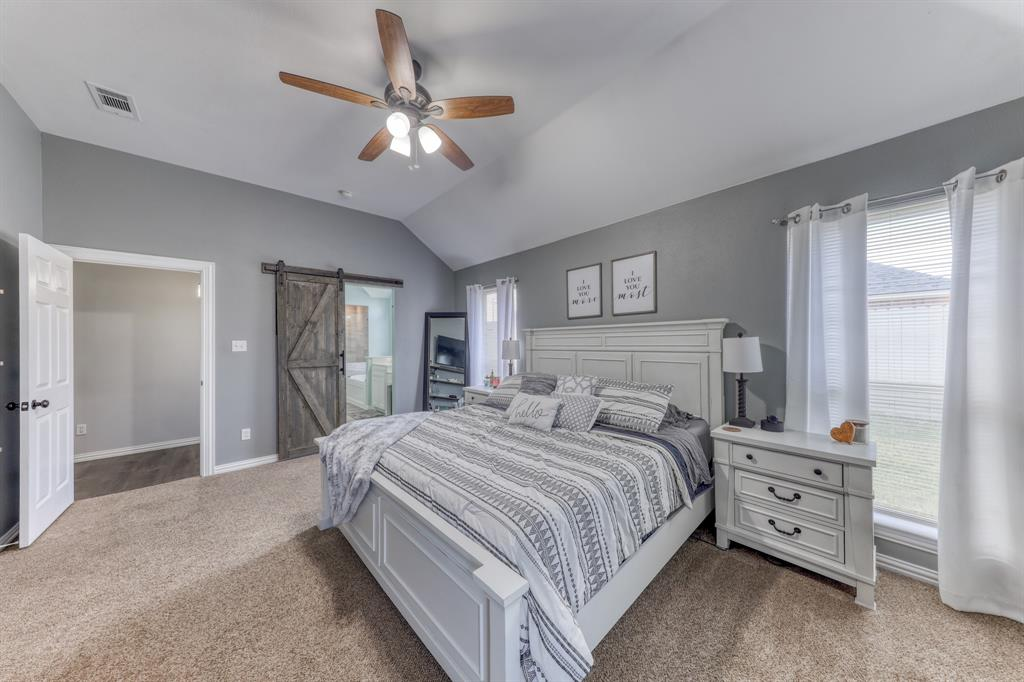 1029 Calinco  Drive, Granbury, Texas 76048 - acquisto real estate best photos for luxury listings amy gasperini quick sale real estate