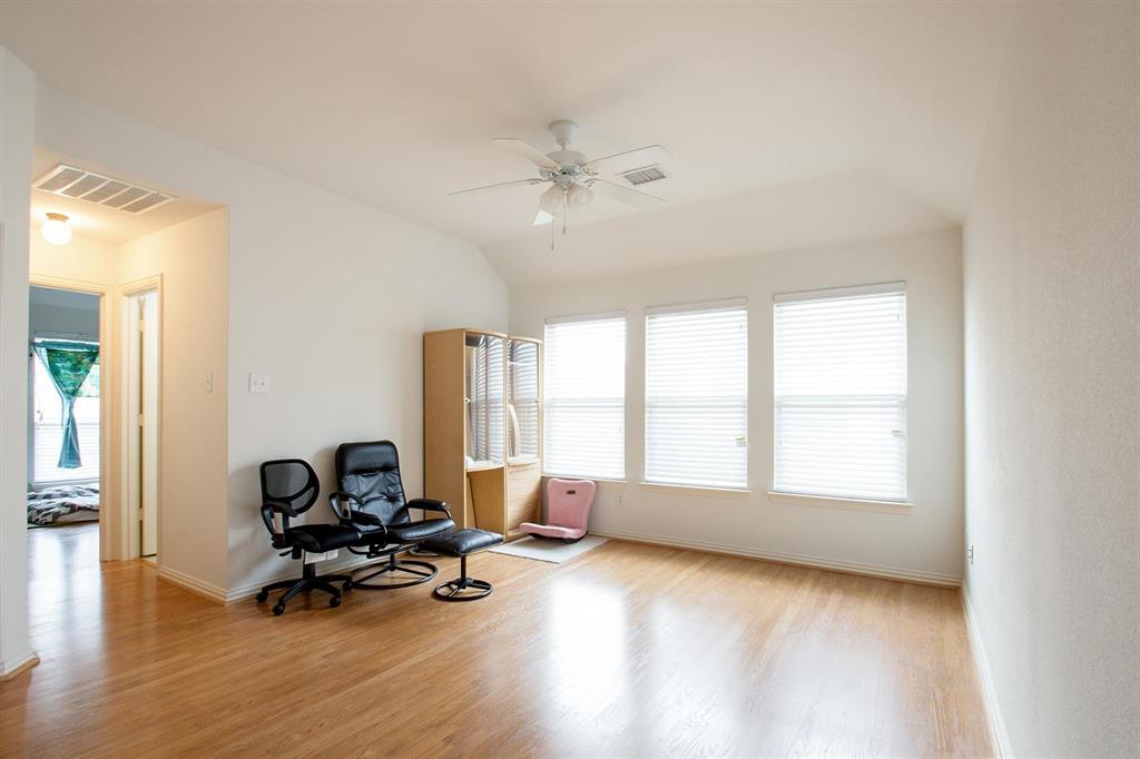 5612 Leven  Lane, McKinney, Texas 75070 - acquisto real estate best new home sales realtor linda miller executor real estate