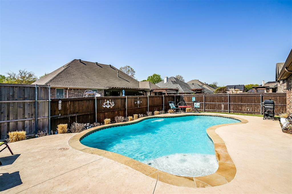 944 Merion Drive, Fort Worth, Texas 76028 - acquisto real estate mvp award real estate logan lawrence